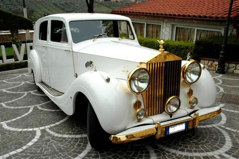 Rolls Royce wraith Park  Word Oro 1947