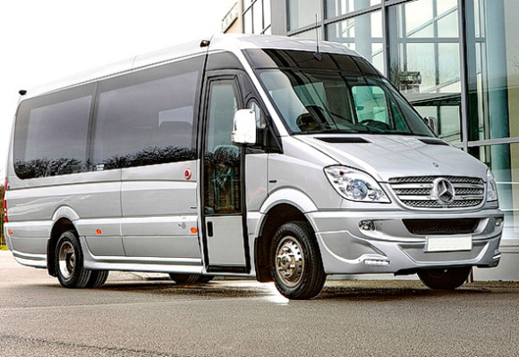 Mercedes Sprinter 2012 г., белый, велюровый салон,22 пассажира