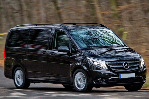 Mercedes Vito 2015 г., чёрный, кожаный салон,8 пассажиров
