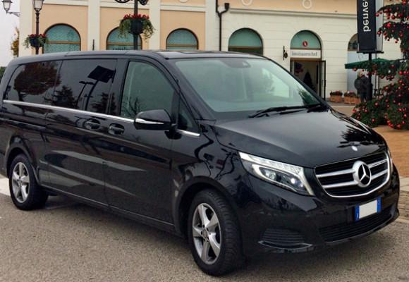 Mercedes class V 2015 г., чёрный, кожаный салон, 7 пассажиров