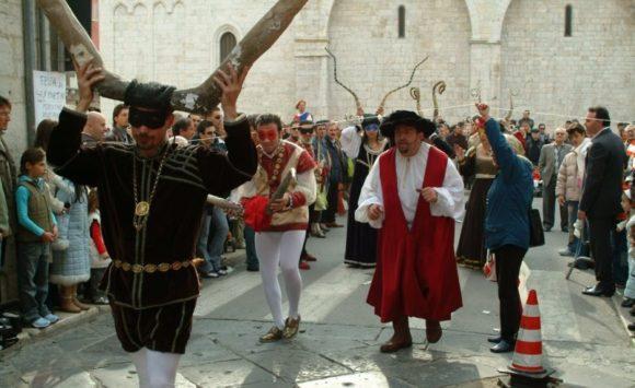 День Рогоносцев в Италии