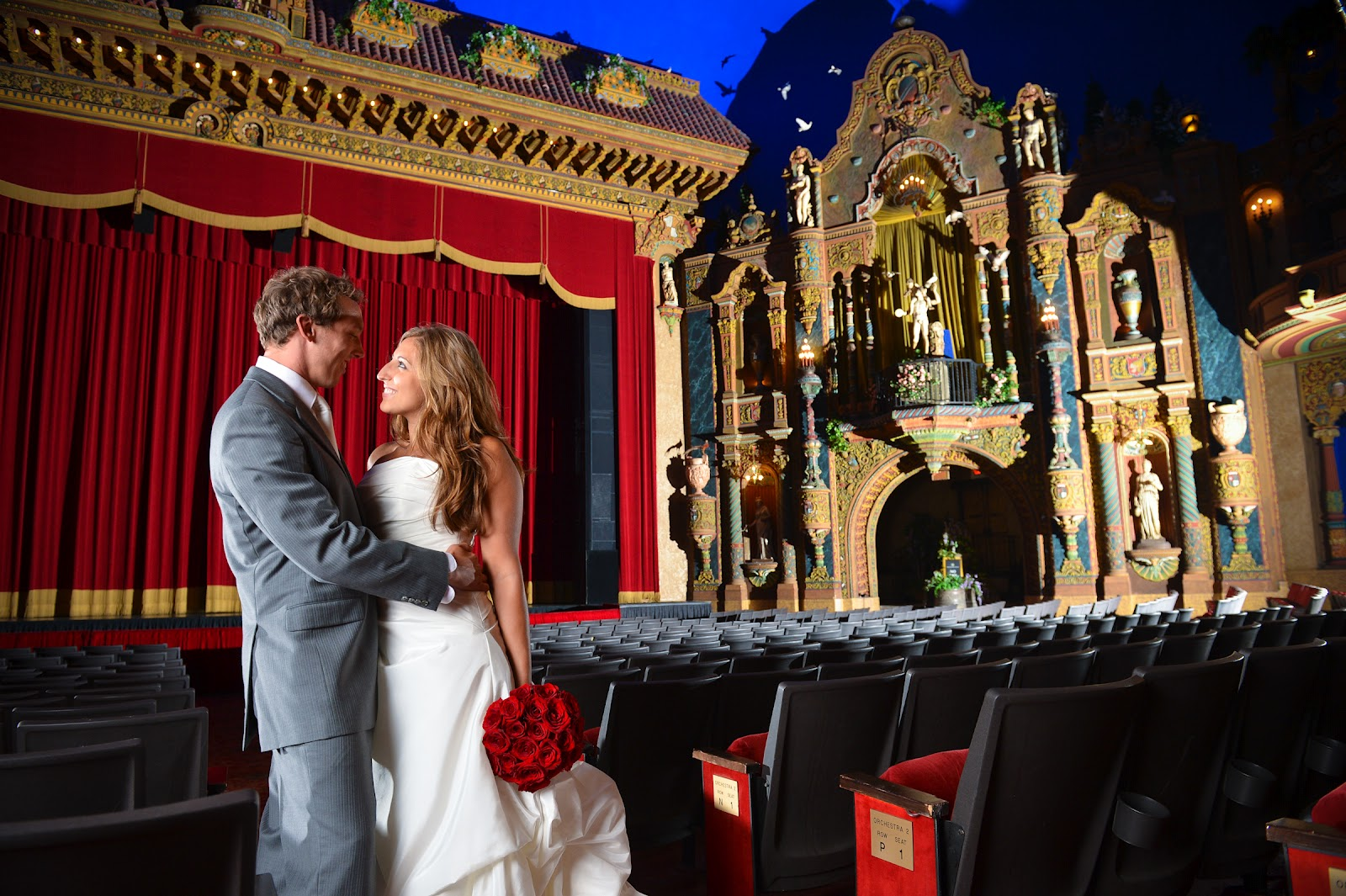 louisville-palace-blog-louisville-palace-louisville-wedding-photographer-wedding-photographers-louisville-palace-theater-louisville-palace-theatre-wedding-louisville-kentucky-theater-17