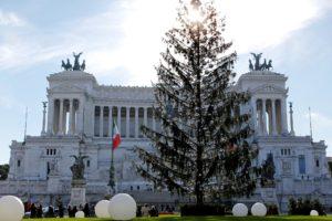 рим. италия. рождество. елка. новый год. праздник. путешествие