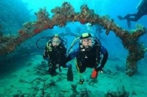 Подводная свадьба в Италии